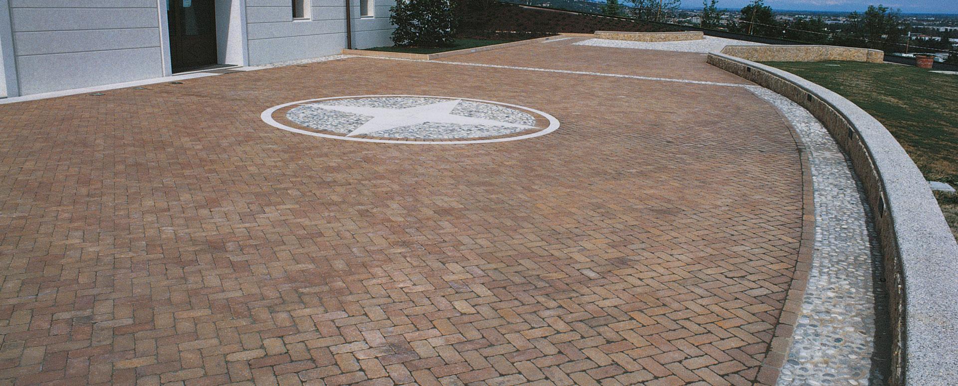 Pietra da giardino ornamentali cordoli e pavimenti 2 betonella - Betonelle da esterno prezzi ...